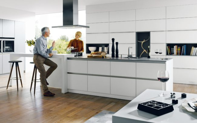 Schuller Glasline Matt Kitchen - Handleless Design
