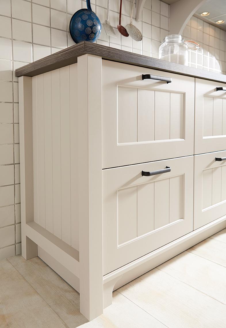 Sch 252 Ller Canto Kitchen Schuller By Artisan Interiors