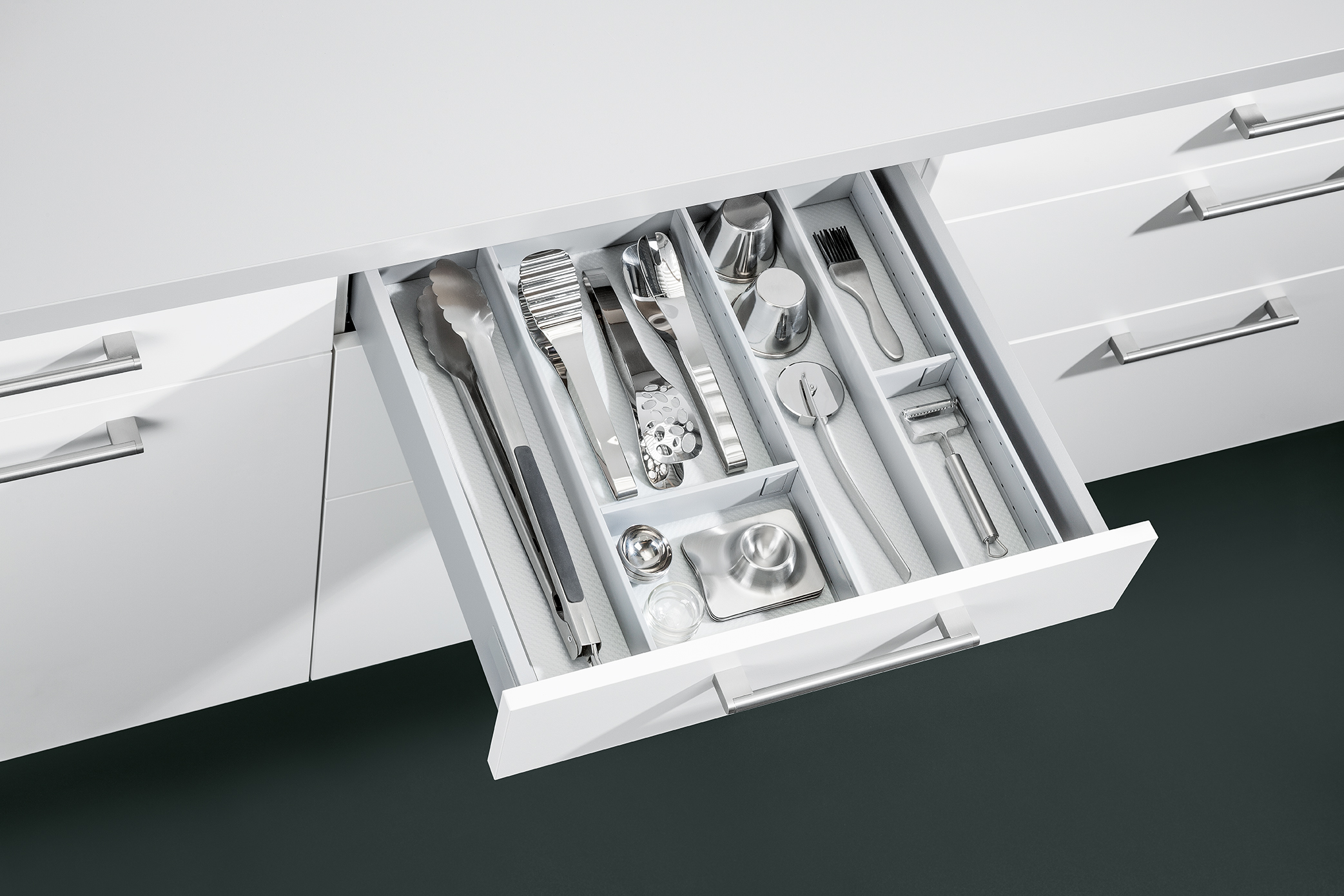Drawer Options | Schuller by Artisan Interiors