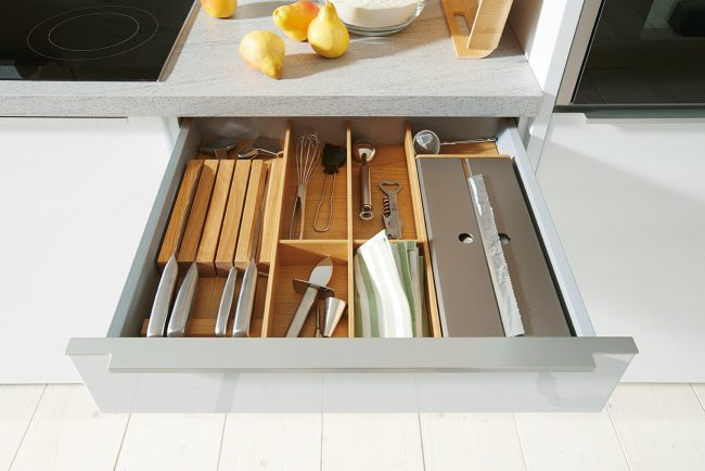 Schuller German Kitchens - Uni Gloss 03